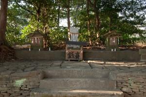 素朴な浅間神社